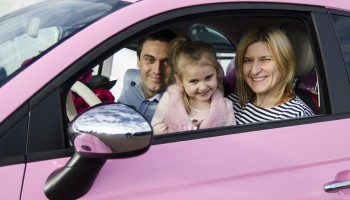 Różowy Fiat 500 od Barbie!