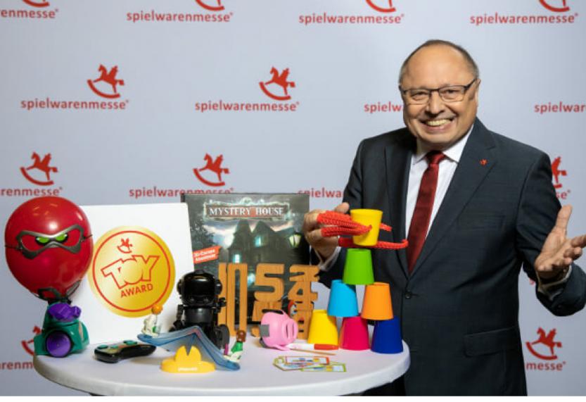 """Gra """"Sprytna Ośmiornica"""" od Trefl nominowana do  prestiżowej nagrody branżowej  Toy Award 2020"""